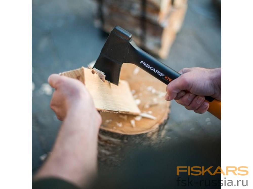 Универсальный топор Fiskars XS, X7