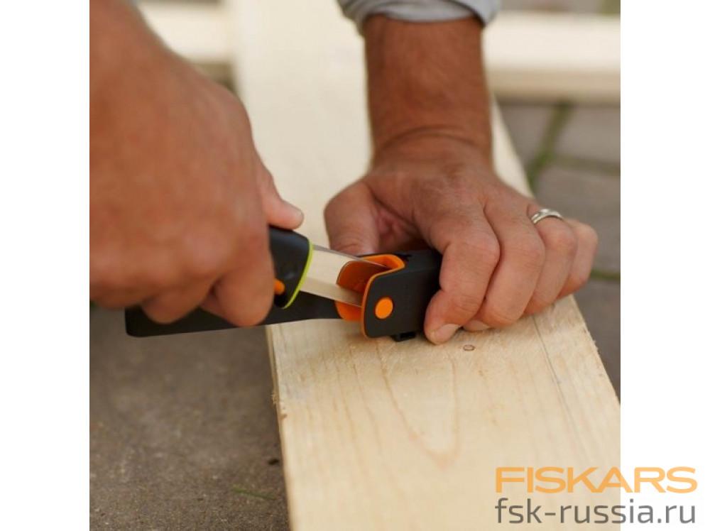 Нож для тяжелых работ Fiskars